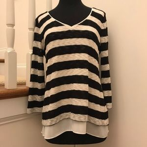 WHBM Striped Light V-Neck Sweater Size Small